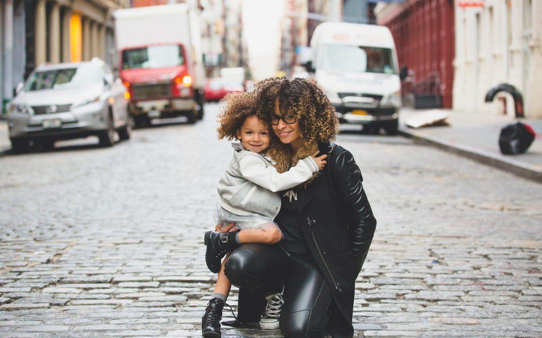El Supremo rechaza cambiar el orden de los apellidos de un menor inscrito con el primer apellido materno, fundado sustancialmente en el principio del interés superior del menor.